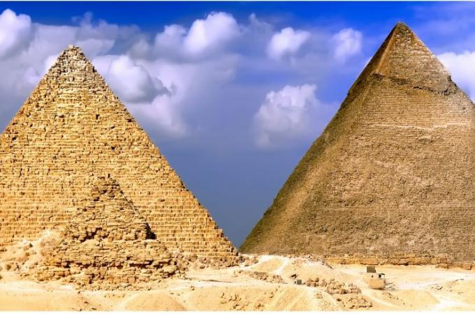 Фартук для кухни из МДФ Пирамиды 610 х 2440 х 3,0 мм