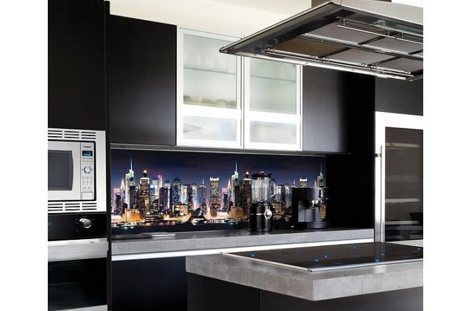 Кухонный фартук из ABS пластика Город в интерьере 1
